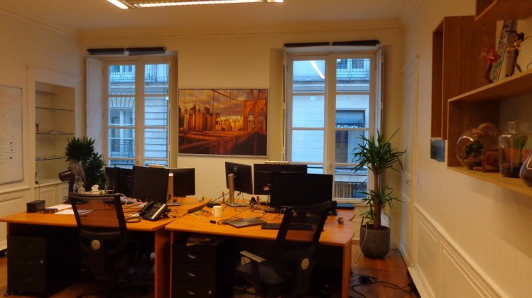 photo de l'intérieur de l'agence de Nantes